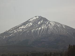 笠岡には見られない単身の山です。