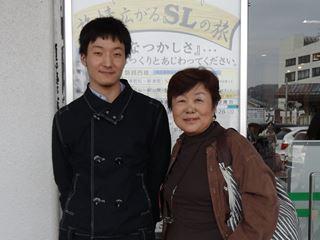 会津大学の甥っ子も会いに来てくれました。何年振りでしょうか。震災の年の入学生は入学式も、授業の始まりもしばらくはめどが立っていませんでした。
